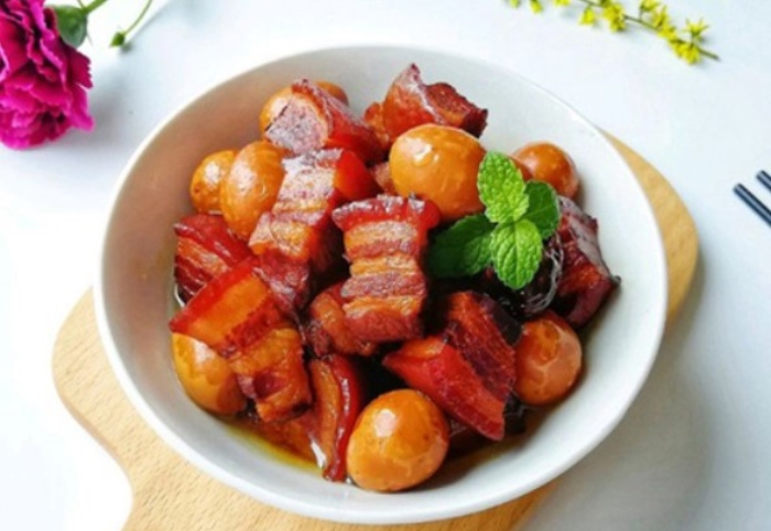 Thịt kho trứng cút không cần nước dừa, kho, đơn giản, nước tương, nước dừa, Cách, cho bé ăn dặm.