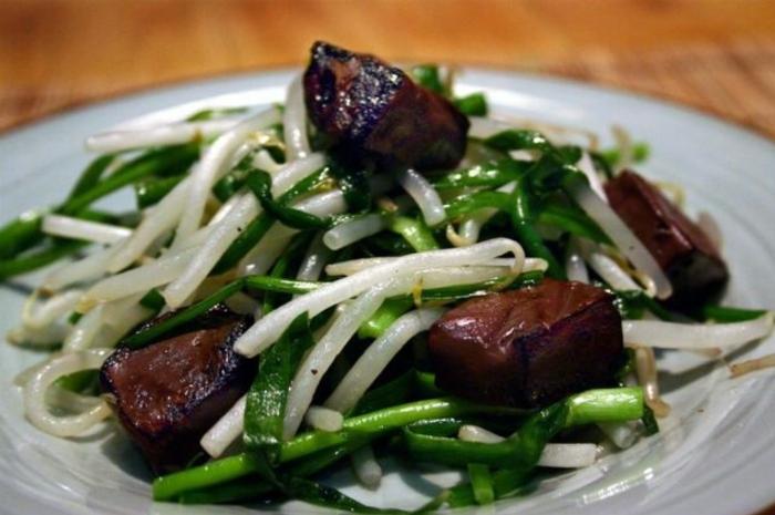 Mắm ruốc xào thịt ba rọi sả ớt, Cách làm, xào sả, kho ăn với rau gì, Huế, băm, để được bảo lâu.