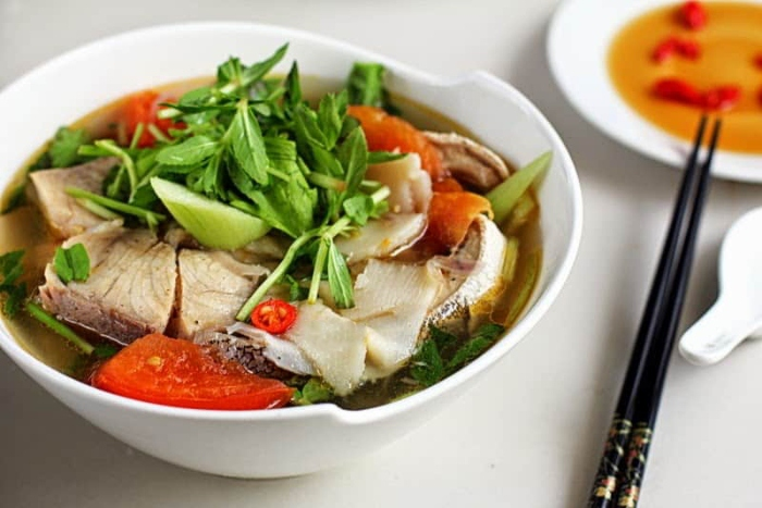 Cách nấu canh chua cá bớp biển ngon miệng, dễ thực hiện tại nhà, cách làm món, mon an de lam.