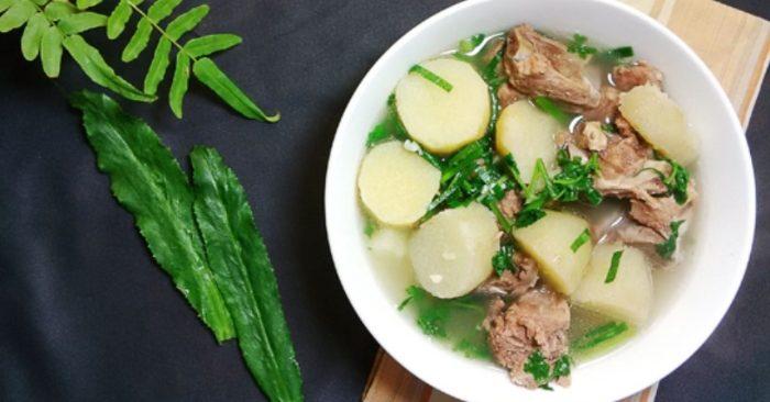 Cách nấu canh củ từ ngon miệng, với thịt bằm, khoai sọ, xương heo, thơm ngon, bữa cơm, gia đình.