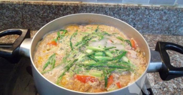 Hướng dẫn cách nấu canh cua rau rút thơm ngon bổ dưỡng; khoai sọ; chế biến; riêu; cua đồng; ngon.