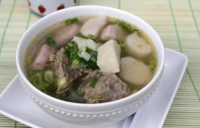 Cách nấu canh khoai môn hầm xương sườn ngon ngọt dẻo bùi, đầy đủ dinh dưỡng,bổ sung canxi, dân dã