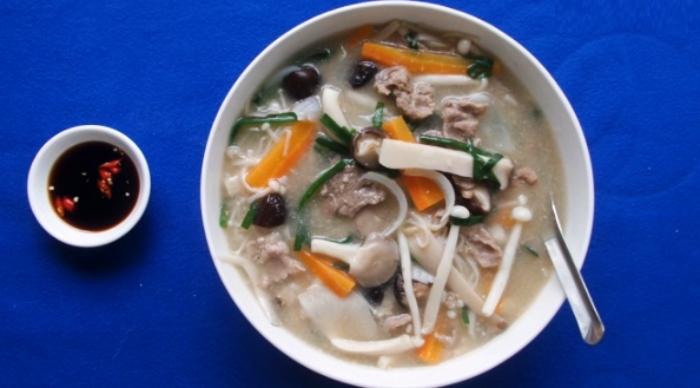 Cách nấu canh nấm thơm ngon bổ dưỡng tại nhà; Mẹo làm nấm sò; rom; cho bà bầu; ăn kiêng; ít béo;