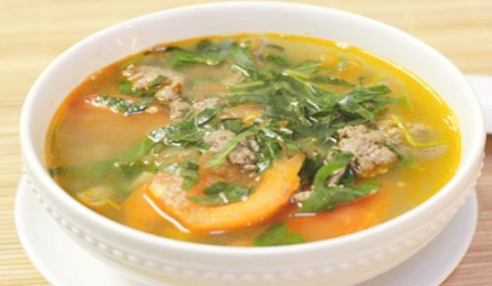 Hướng dẫn cách nấu canh thịt bò cà chua hấp dẫn chỉ với 4 bước; xáo; bánh đa; tẩm bổ; an tâm;