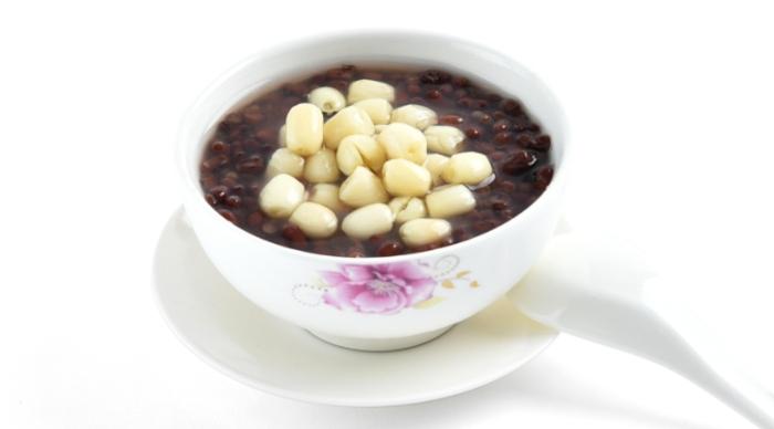Hướng dẫn cách nấu chè hạt sen đậu đen, hấp dẫn chỉ với, 3 bước, hơn, bột khoai, thanh mát, ngon.