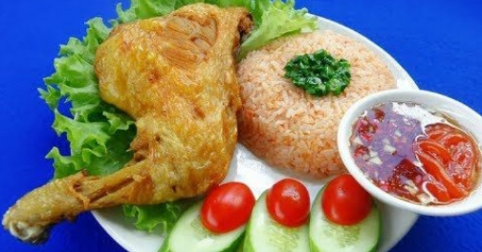Cách nấu cơm gà xối mỡ ngon với thịt giòn rụm mê hoặc vị giác; những; nau an ngon; dễ làm; món ăn.