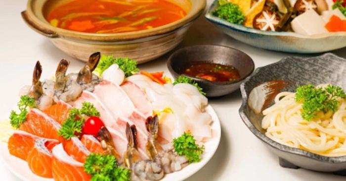 Bật mí cách nấu lẩu hải sản kiểu Thái thơm ngon chuẩn vị; Cách nấu lẩu Thái tôm; món ăn ngon.