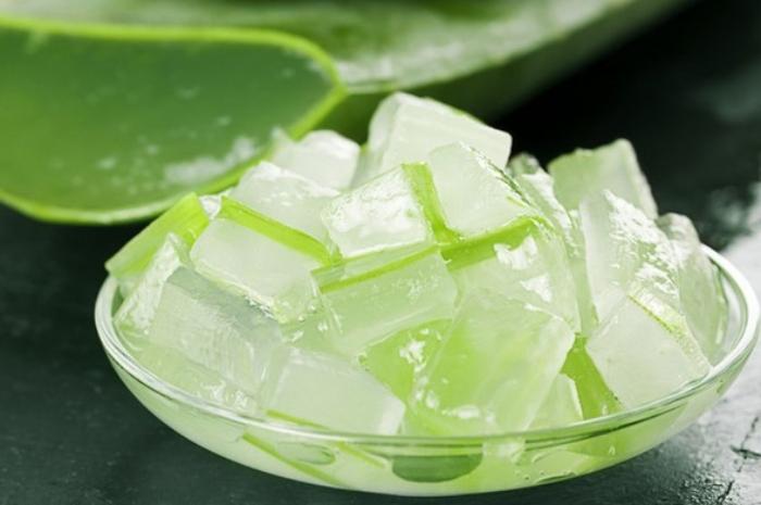 Nước nha đam bao nhiều calo; cốt dừa; mứt hạt sen; thơm ngon đậm vị; tốt cho sức khỏe; bí kíp;