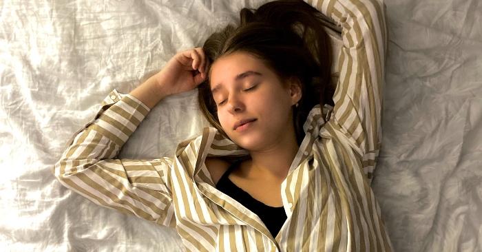 thói quen ngủ ngay sau bữa ăn no sẽ gây hại cho cơ thể, Sau bữa ăn, 6 việc nên tránh để bảo vệ sức khỏe.