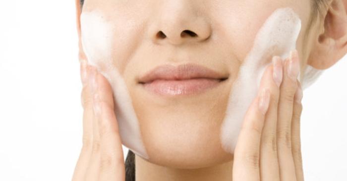 Sữa rửa mặt E100 nha đam có độ pH bao nhiêu; nha đam tươi; nhựa nha đam; làm lành; mặt; rửa sạch.