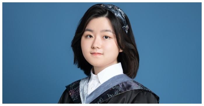 Nữ sinh 16 tuổi phá kỷ lục của đại học hàng đầu Canada